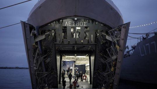 Πολεμικά πλοία στη Θεσσαλονίκη σε