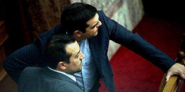 Ερώτηση 46 βουλευτών της ΝΔ προς Τσίπρα, Παππά και Παρασκευόπουλο για τις σχέσεις με τον Κύπριο δικηγόρο,...
