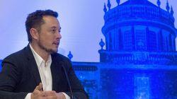 Έλον Μασκ: Τα ρομπότ θα πάρουν τις δουλειές μας, οπότε θα πρέπει οι κυβερνήσεις να παρέχουν βασικό