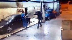 Δεν φαντάζεστε πως ένας υπάλληλος πλυντηρίου αυτοκινήτων τιμώρησε έναν