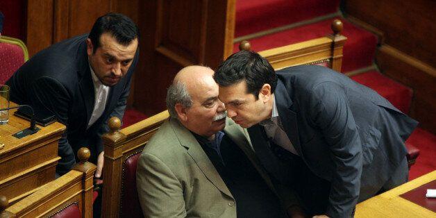 Τη Δευτέρα στη Βουλή ο νόμος για τα κανάλια. Πριν ο πρόεδρος της Βουλής θα κάνει νέα προσπάθεια για συγκρότηση...