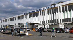 Η ΕΛ.ΑΣ. «ξεσκονίζει» τις πτήσεις μεταναστών από το αεροδρόμιο Ηρακλείου «Νίκος