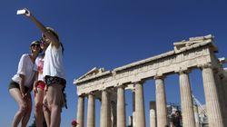 Αυξήθηκαν οι τουρίστες αλλά μειώθηκαν τα έσοδα. Ποιοι ξόδεψαν