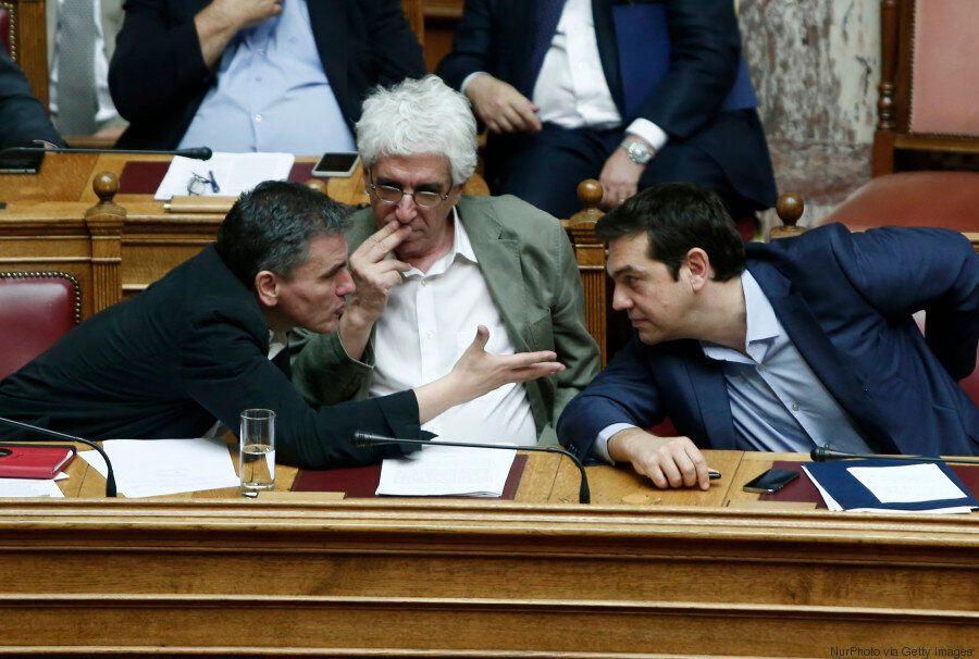Νίκος Παρασκευόπουλος στη HuffPost Greece: «Η κυβέρνηση θα εφαρμόσει την απόφαση του