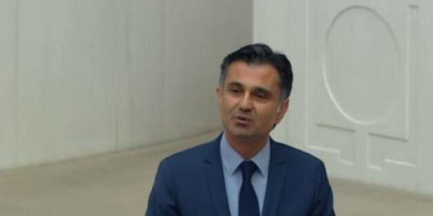 Κούρδος βουλευτής ζητάει 16 ελληνικά νησιά και κατηγορεί τον Ερντογάν ως προδότη γιατί τα παραχώρησε...