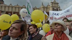 Πολωνία: Προσωρινή, (μερική) νίκη για τις αμβλώσεις, αλλά το ισχύον, ανελεύθερο καθεστώς