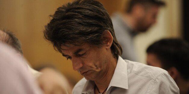 Ο σύμβουλος του Τσίπρα, ο Νίκος Καρανίκας, κάνει διάλειμμα από τα προβλήματα του τόπου για χάρη της κ.