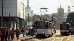 To πείραμα του Ταλίν: Τι συμβαίνει σε μία πόλη όταν η πρόσβαση στα μέσα μαζικής μεταφοράς είναι