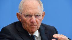 Σόιμπλε: Έγινε υπερβολικά πολλή κουβέντα για την Deutsche