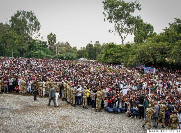Mαινόμενοι διαδηλωτές στην Αιθιοπία σκότωσαν