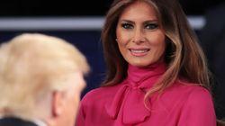 Η Μελάνια Τραμπ επέλεξε να φορέσει το «Pussy - bow» πουκάμισο του οίκου Gucci στο δεύτερο