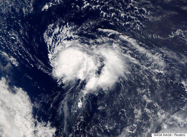 Η τροπική καταιγίδα Νικόλ εξασθένησε νότια του Πουέρτο Ρίκο. Τι ανησυχεί τους