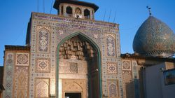 Αυτό το τζαμί μπορεί να φαίνεται συνηθισμένο, αλλά κρύβει μέσα έναν ολόκληρο