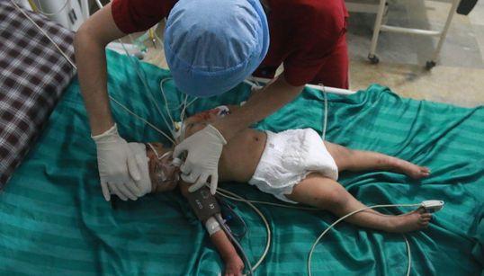 Ζωή και θάνατος μέσα στα βομβαρδισμένα νοσοκομεία στο Χαλέπι με τα λόγια ενός από τους τελευταίους