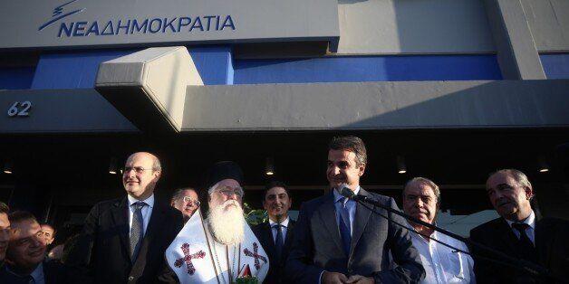 Σε εκλογική ετοιμότητα ο Μητσοτάκης: Οι περιοδείες και το αίτημα για