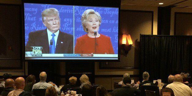 Γιατί η Χίλαρι κέρδισε το ντιμπέιτ αλλά όχι τον