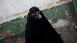 Μυστηριώδεις γυναίκες με πέπλα σκοτώνουν μαχητές του ISIS στο