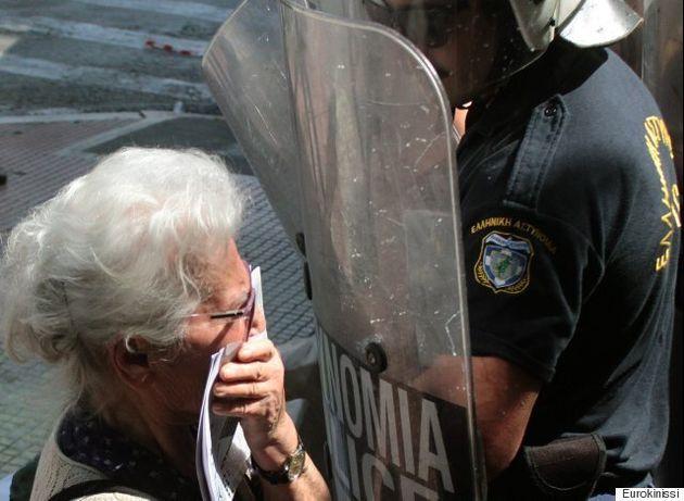 Η ζωή και τα βασανιστήρια της συνταξιούχου. Το σύμβολο της Εθνικής Αντίστασης που ψέκασαν τα