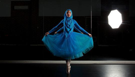Γνωρίστε τη Stephanie Kurlow, την πρώτη Μουσουλμάνα μπαλαρίνα με