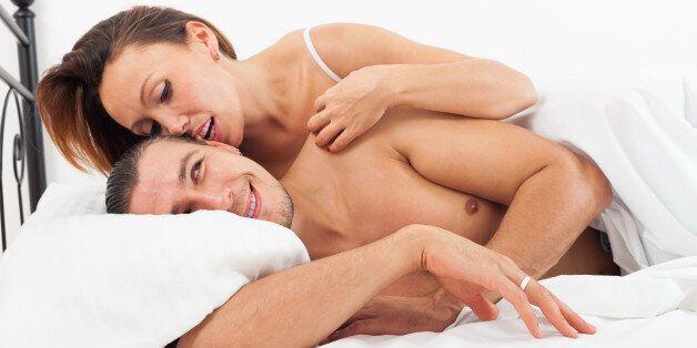 Η «εκδίκηση» των γυναικών μέσης ηλικίας: Έρευνα δείχνει πως χαίρονται περισσότερο το σεξ όσο