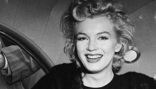 Η κρυφή ζωή της Marilyn Monroe: Το άγνωστο μέχρι σήμερα γυμνό πορτρέτο που είχε ζωγραφίσει η θρυλική