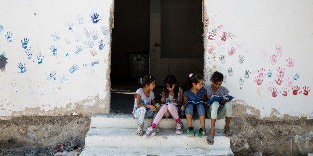 Τα παιδιά προσφύγων θα μπορούν να πηγαίνουν σχολείο ανάλογα με την πρόοδρο των