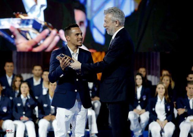 Η Ελληνική Ολυμπιακή Επιτροπή βράβευσε όλους τους αθλητές και τις αθλήτριες της αποστολής στο
