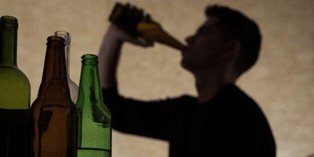 Alcoholism among young people - teenager drinking