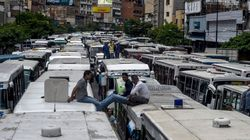 Παρέλυσε το Καράκας. Εκατοντάδες οδηγοί λεωφορείων ακινητοποίησαν το οχήματά τους στους δρόμους της