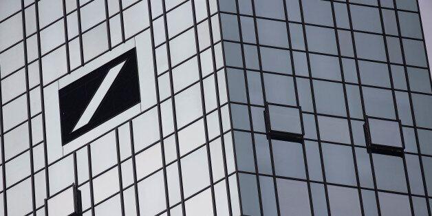 The Deutsche Bank headquarters are seen in Frankfurt, Germany October 29, 2015. REUTERS/Kai Pfaffenbach/File