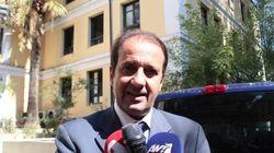 Μήνυση κατά του ΓΓ Ενημέρωσης και των μελών της Επιτροπής για τις τηλεοπτικές άδειες κατέθεσε ο
