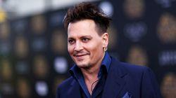 Ο Johnny Depp προσπαθεί να σώσει την καριέρα του με τη βοήθεια του Tupac και του Notorious