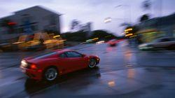 Πώς ένας «αποτυχημένος» πωλητής κινητών αγόρασε την δική του Ferrari στα 24 και άνοιξε την δική του
