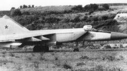 Ιστορίες του Ψυχρού Πολέμου: Ο πιλότος που το 1976 αυτομόλησε κλέβοντας το πιο προηγμένο σοβιετικό