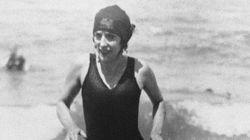 Η κολυμβήτρια που είχε συλληφθεί πριν 100 χρόνια για το «αποκαλυπτικό» μαγιό