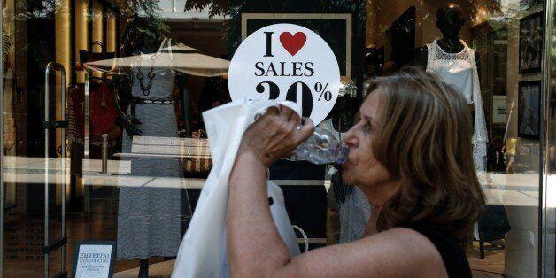 ΕΣΕΕ: Μικρή πτώση στον τζίρο των επιχειρήσεων στις φετινές θερινές