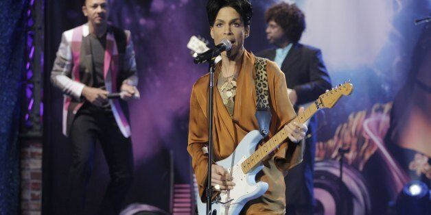THE TONIGHT SHOW WITH JAY LENO -- Episode 3736-- Air Date 03/26/2009 -- Pictured: Musical guest Prince...