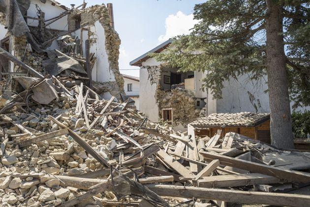 Η Ιταλία πενθεί: Στους 291 οι νεκροί από το χτύπημα του