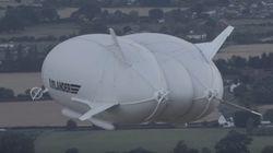 Ο γίγας των αιθέρων: Η παρθενική πτήση του Airlander-10. Έχει μήκος 92 μέτρα και είναι το μεγαλύτερο αεροσκάφος στον