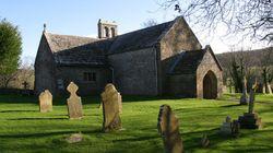 Tyneham, το χωριό-φάντασμα της Αγγλίας με το μαγευτικό φυσικό τοπίο και τα υπέροχα