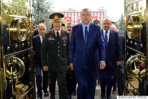Επίσημο αίτημα για την έκδοση των 8 τούρκων στρατιωτικών. Κατηγορούνται και για απόπειρα δολοφονίας του