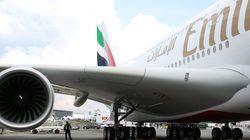 Δραματική εκκένωση αεροσκάφους της Emirates Airlines λίγο πριν τυλιχθεί στις