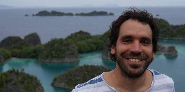 Javier Labourt: Ο «τρελός» ψυχολόγος του World Party μιλά για το Μπουένος Άιρες και τους νέους φίλους...