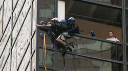 20χρονος σκαρφαλώνει με βεντούζες ουρανοξύστη στο Μανχάταν για να συναντήσει ιδιαιτέρως τον