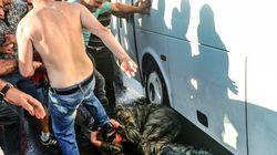 H Διεθνής Αμνηστία καταγγέλλει: Ξυλοδαρμοί, βασανιστήρια και βιασμοί με γκλομπς στα τουρκικά κέντρα