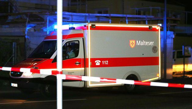 Δεκάδες τραυματίες από επίθεση με τσεκούρι σε τρένο στη