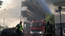 Μεγάλη πυρκαγιά σε διαμέρισμα στον Πειραιά. Απεγκλωβίστηκαν 9 άτομα εκ των οποίων ένα