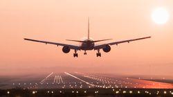 Θρίλερ στον αέρα με αεροσκάφος της United που έχανε