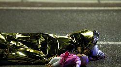 Η φωτογραφία που συγκλονίζει από το χτύπημα στη Νίκαια και το σκίτσο του Latuff με την κούκλα που