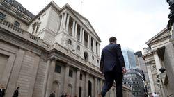 Αμετάβλητα αφήνει τα επιτόκια η Τράπεζα της Αγγλίας. Πιθανό πακέτο μέτρων στήριξης τον